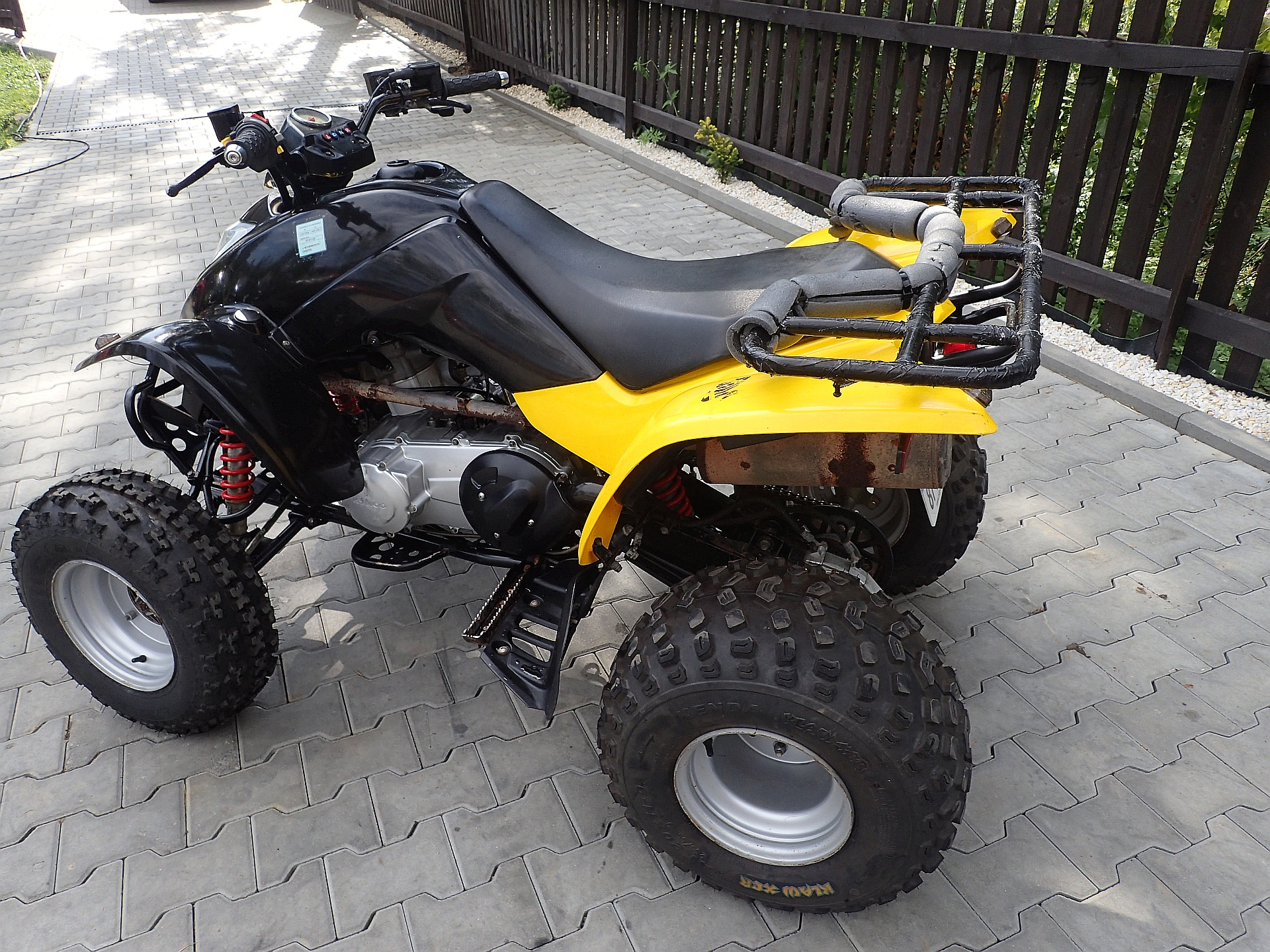 kymco maxxer 250 quads and snowmobiles for sale new and used quady. Black Bedroom Furniture Sets. Home Design Ideas